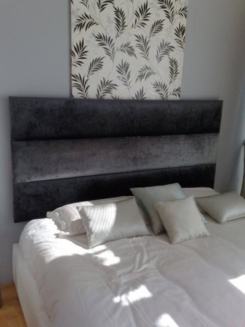 Rectangles Headboard